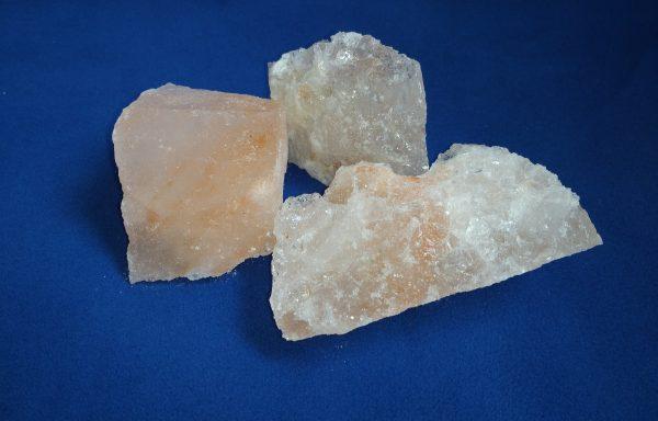 Лизунец из гималайской соли (розовый)